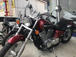 うるさそうなバイク